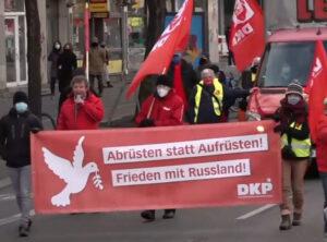 Block der DKP bei der LL-Demo 2021